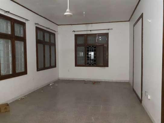 3bed room house in the compound at mikocheni TSH 1million image 2