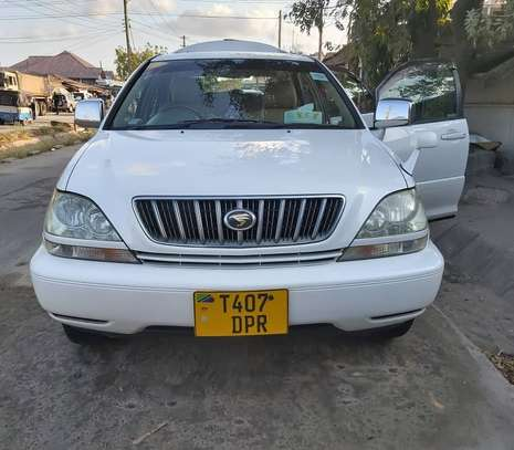 2003 Toyota Harrier