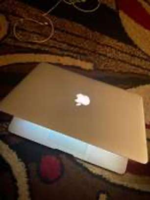 Macbook Air 2017 image 1