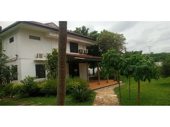 5 bed room house for rent at masaki$4000pm image 7