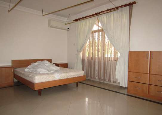 3 Bedroom Furnished Villa House in Ada Estate off Oysterbay image 7