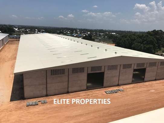 9000 Sqm Warehouse at Kisemvule