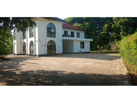4bed house at oyster bay$1500 image 2