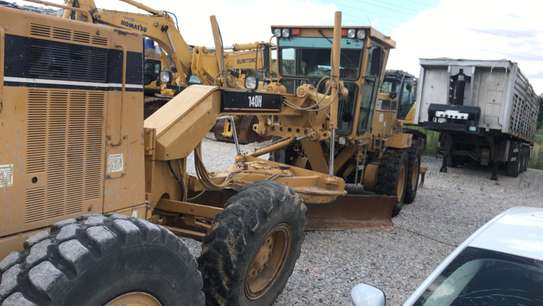 1998 Caterpillar 140H  USD 86,000/= FOB image 4