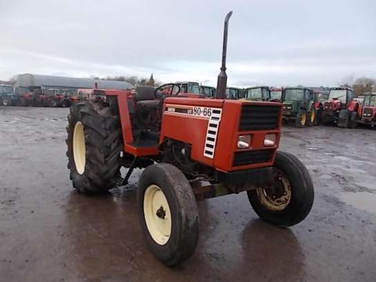 1995 Fiat 80 66 2WD TRACTOR image 2