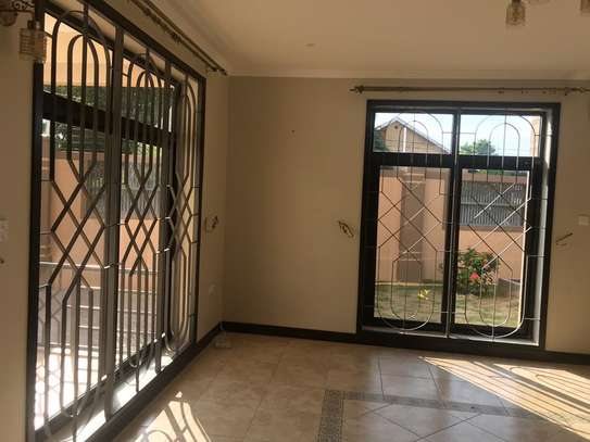 3 bed villa in the compound for rent at ununio $500pm image 7