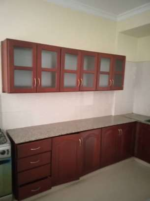 3 bed room big excutive apartment for  rent at mikocheni image 8