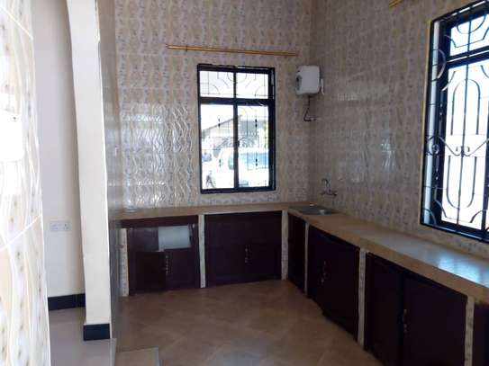 HOUSE FOR RENT AREA D' DODOMA image 5