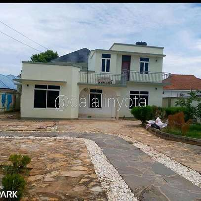 3 BDRM HOUSE AT TEGETA image 1