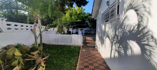 a 5bedrooms BUNGALOW in MASAKI is now available for rent image 6