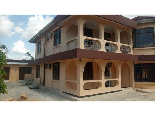 4 bed room house for sale at oyster bay image 1