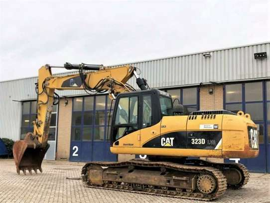 2008 CATAPILLAR 323DL  TSHS 160MILLION USD 68,800/=