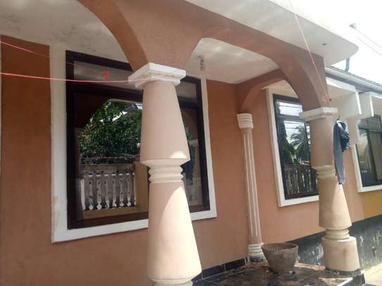 3 bed room house for sale at mbezi makabe image 2