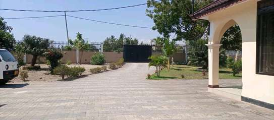 3 bed room apartment for rent at ununio image 11