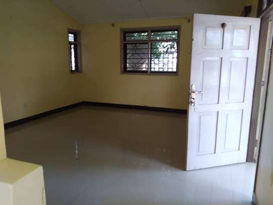 House for rent near Prime Minister Area D-Dodoma image 14