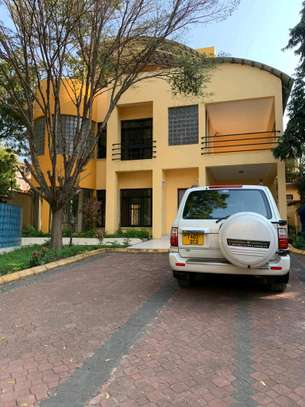 a 4bedrooms BUNGALOW is now available for SALE in MASAKI image 1