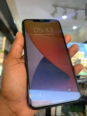 iPhone 11 Pro Max 256GB Spacegray for sale image 7