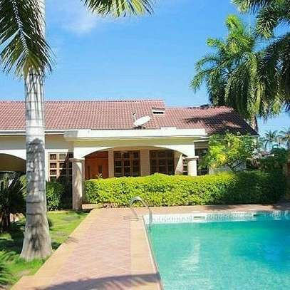 villas fully furnished for rent at mbezi beach