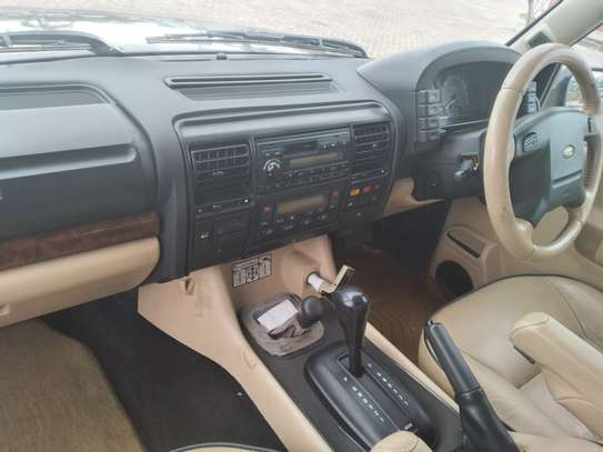2003 Land Rover Discovery image 9