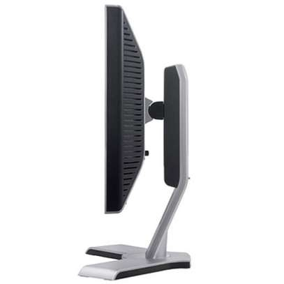 DELL MONITOR 19 INCH image 1