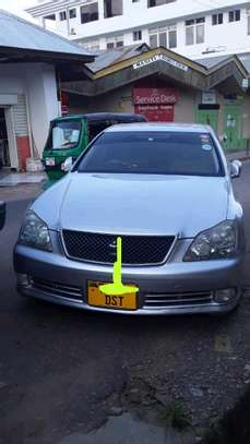 2003 Toyota Crown image 5