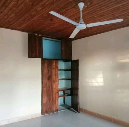 FOR RENT AT AREA D image 2