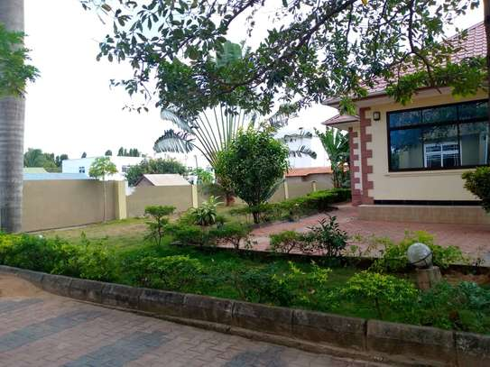 4 bed room all ensuite house for rent at salasala image 5