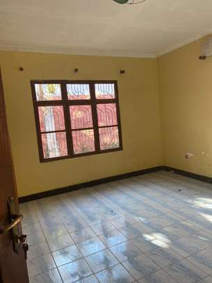 3 bed room house in the compound for rent at makongo juu image 6