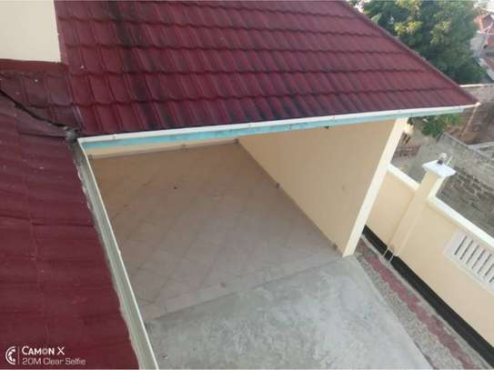 4bed  house at mbezi beach $1200pm image 6