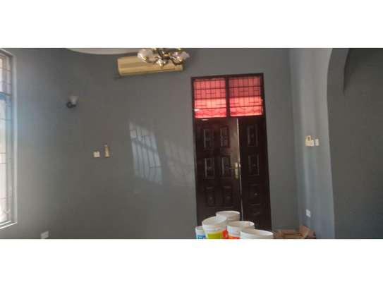 4bed house at mikocheni warioba ideal both office/residance image 11