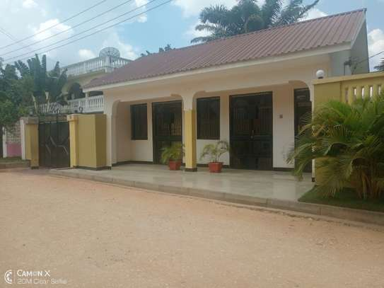 small office at mikocheni a tsh 300,000