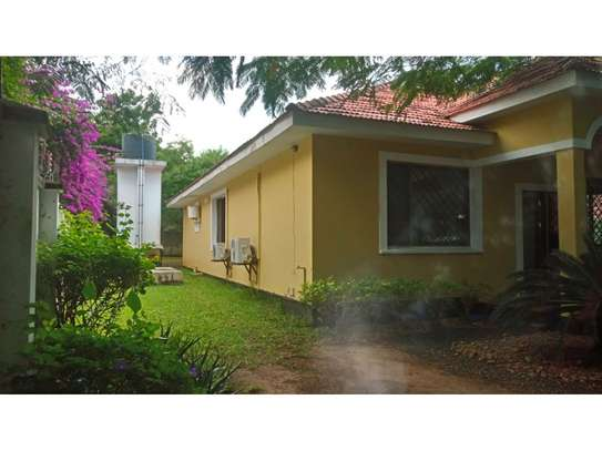 3 bed room big house in the compound for rent at oyster bay image 10