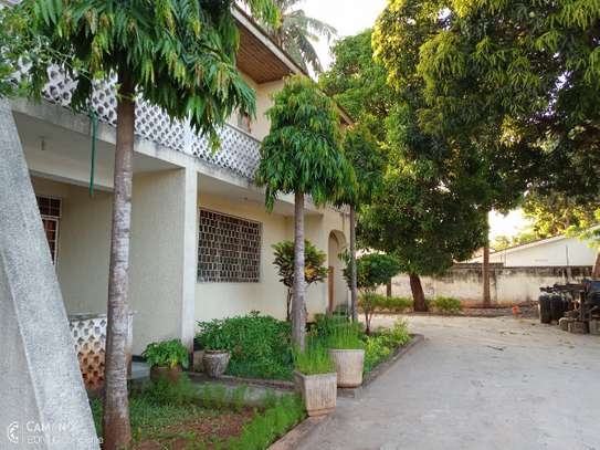 Shared apartment at mikocheni 1bed furnished tsh 500,000 image 3