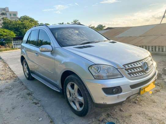 2006 Mercedes-Benz ML 320 image 2