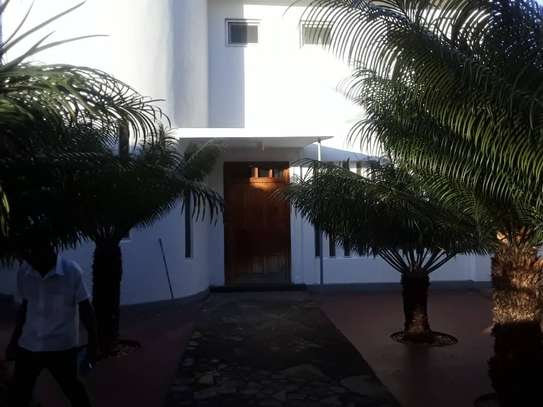 4 bed room house for rent at oyster bay image 1