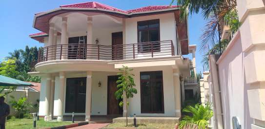 4BEDROOMS STANDALONE HOUSE 4RENT AT MIKOCHENI A image 6