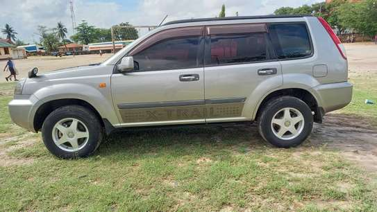 2002 Nissan X-Trail image 1