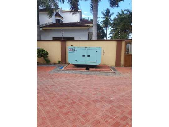 3bed furnished  villa in the compound at mikocheni a $1000pm image 3
