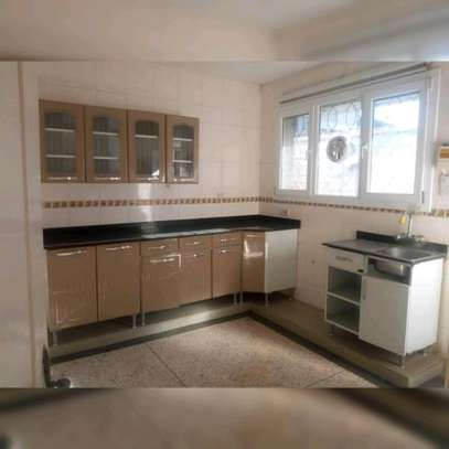 4 BEDROOM STAND ALONE HOUSE FOR SALE image 4