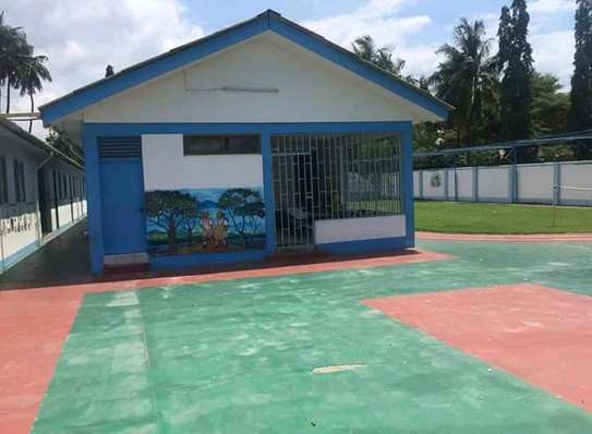 A school Property For lease. image 2