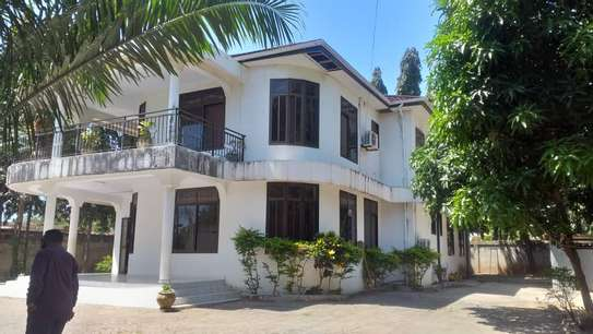4 bed room house for sale at mbei beach jogoo image 3