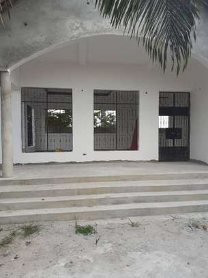 3 HOUSES ALL INSIDE ONE AREA OF 1450 SQM AT CHANIKA image 8