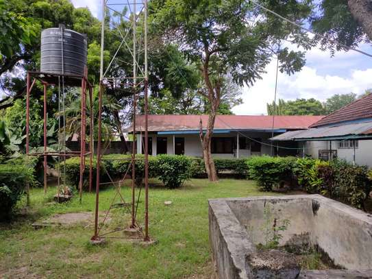 office at ada estate 3bed house and 7 offices $1800pm image 11
