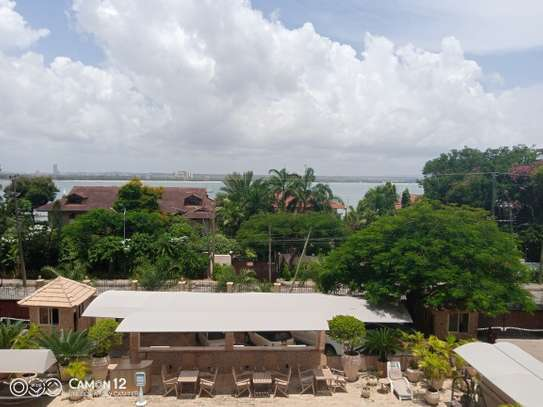3bdrm ocean view Apartment to let in masaki image 2