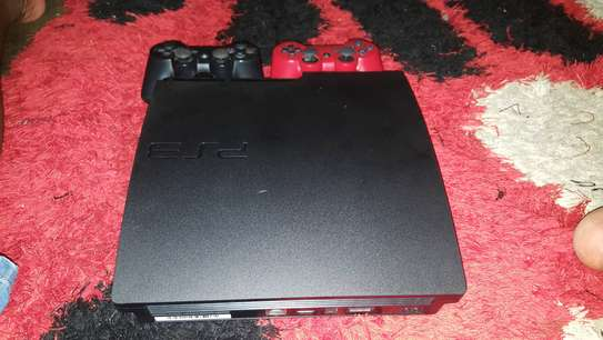 Ps3 Slim, 160Gb, 2 controller and 10 game image 2
