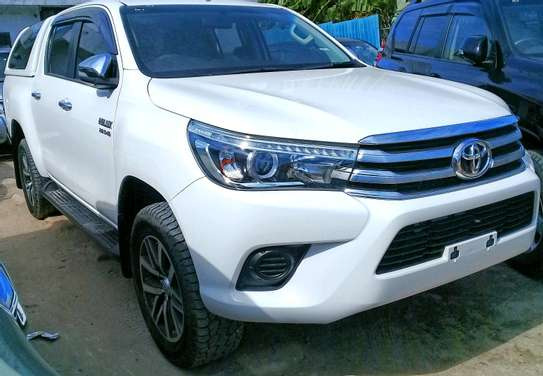 2016 Toyota Hilux image 3