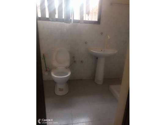 3bed house at kinondoni 1000000 image 2