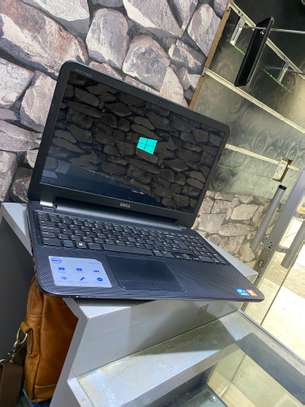 Dell Inspiron 15 core i3 for sale image 2