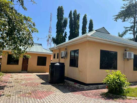 HOUSE FOR RENT STAND ALONE IN TEGETA IPTL image 12
