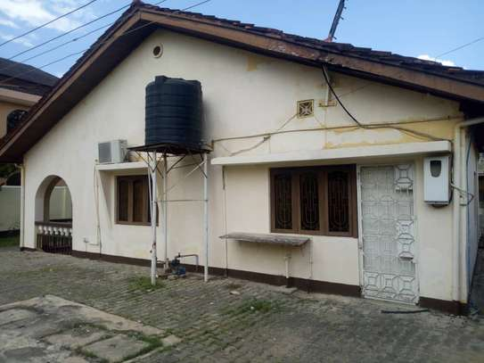 3 bed room big house for rent at mikocheni image 1